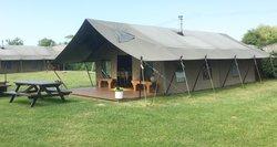 Secondhand Safari Glamping Lodge