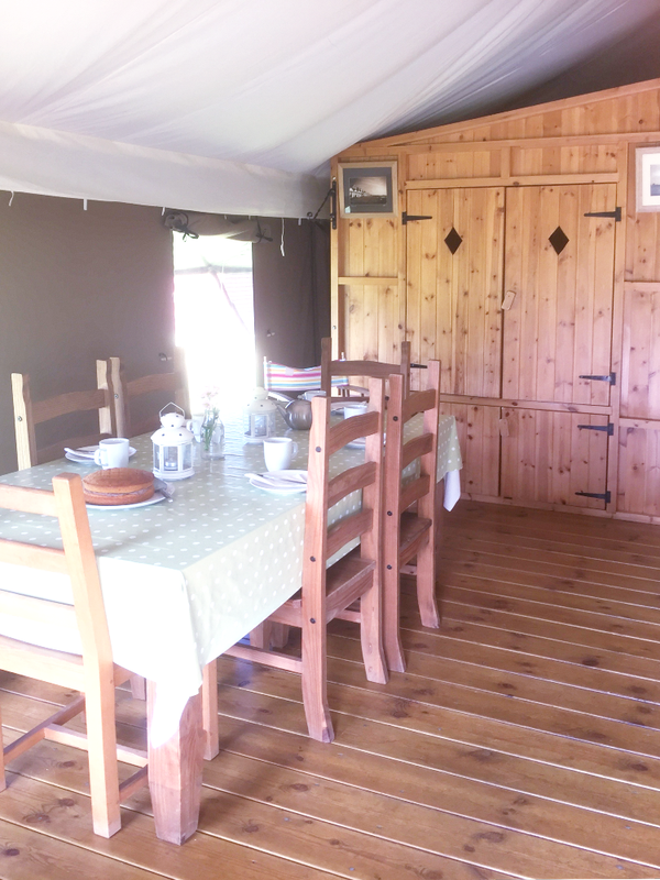 Safari lodge dining area