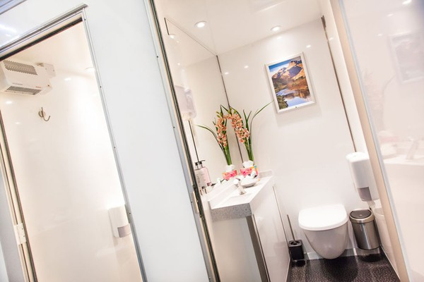 Luxury 1+1 Toilet Units Interior