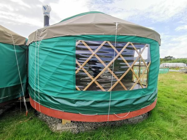 14ft Ger Refurbished with Wooden Base For Sale