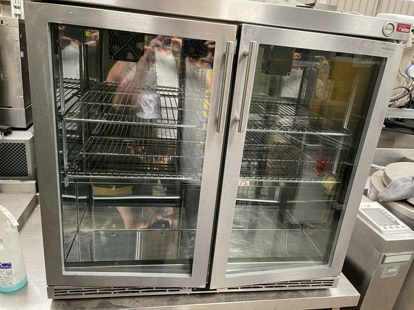 Secondhand IMC V90 Under Counter Stainless Steel Display Glass Double Door Bottle Fridge For Sale