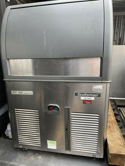 Secondhand Scotsman EC86 Commercial Ice Maker Machine 39 Kg Per Day For Sale