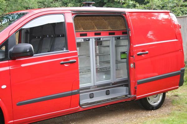 Drinks fridge for catering truck
