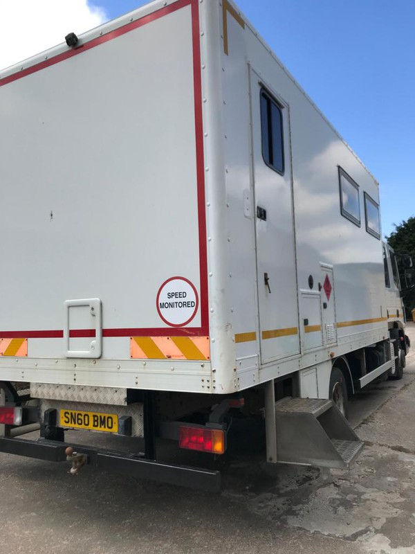 Welfare lorry with kitchen and toilet
