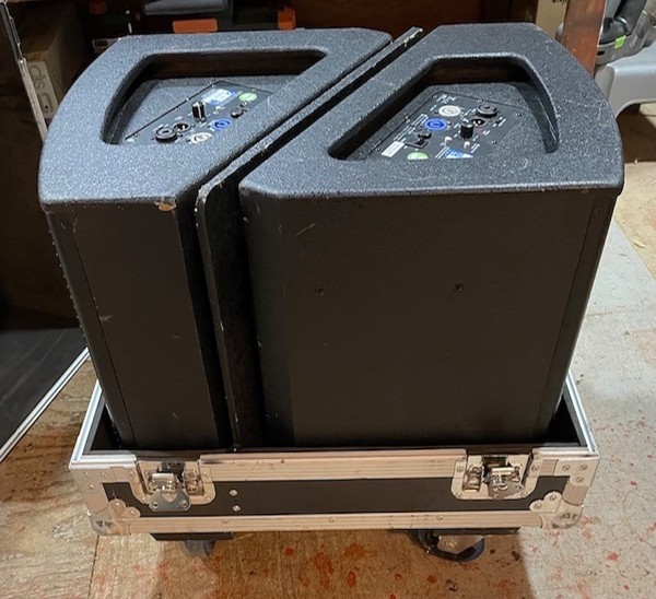 2 DAP Audio M12 Active Monitors with Flight Case