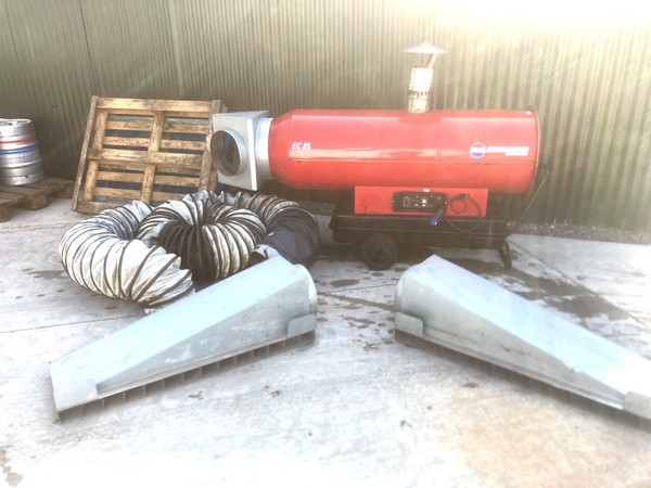 EC85 Indirect heater with ducting and diffuser