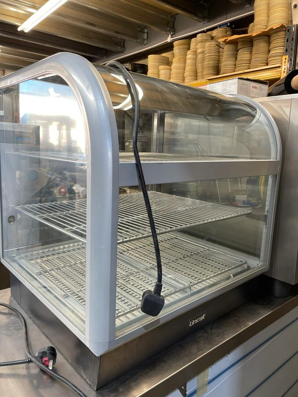 Counter top heated food display