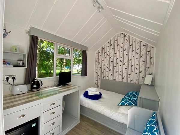 Glamping pod / tree house for sale