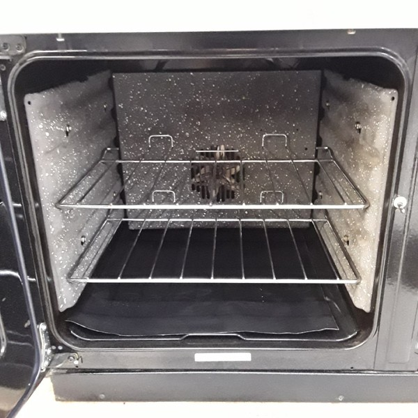 Self clean oven lining