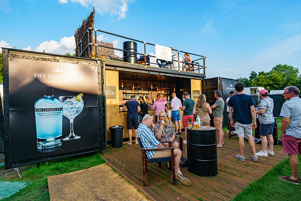 20ft Fully Equipped Shipping Container Bar for sale