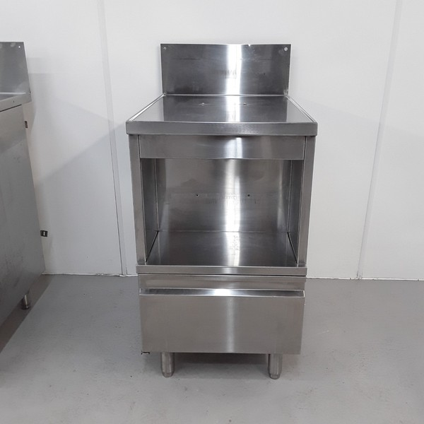 kichen Stand / cupboard catering used
