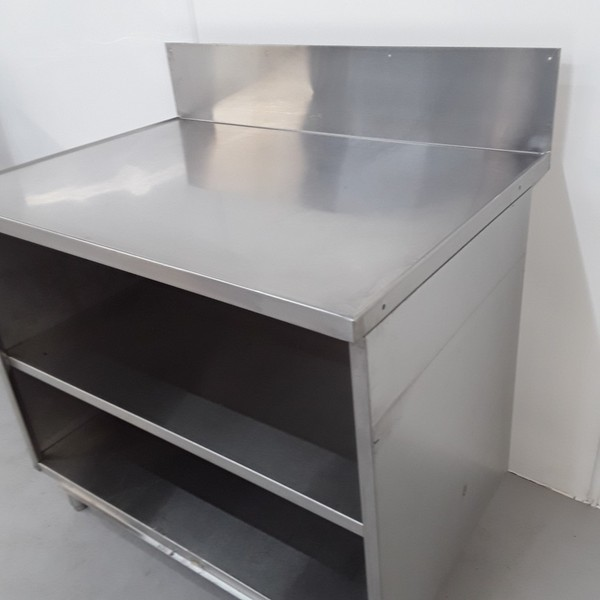Cabinet prep table