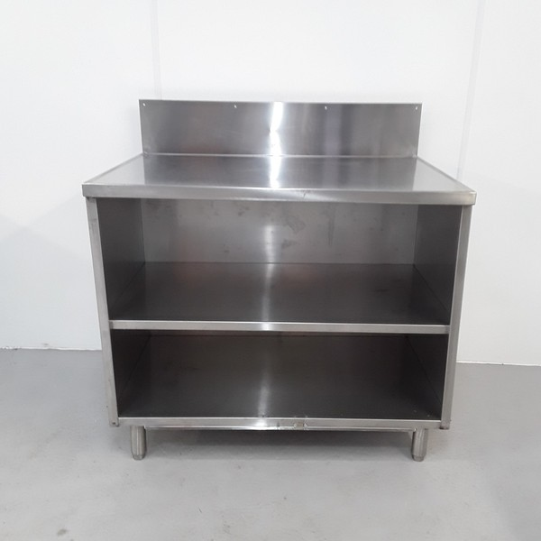 Kitchen cabinet in stainless steel