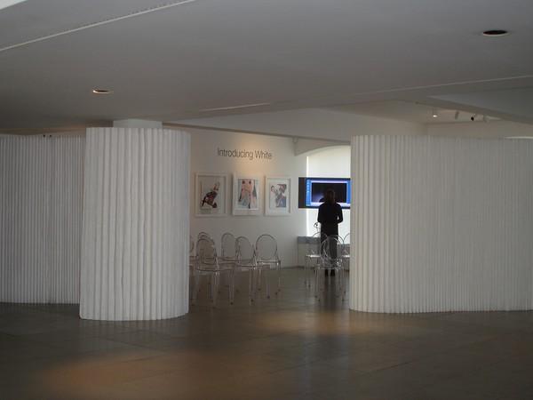 Molo paper walls