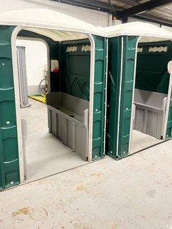 Mobile urinal (six man)