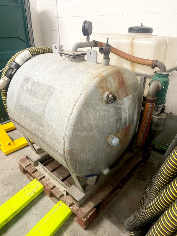 Used vacuum tank  for sale