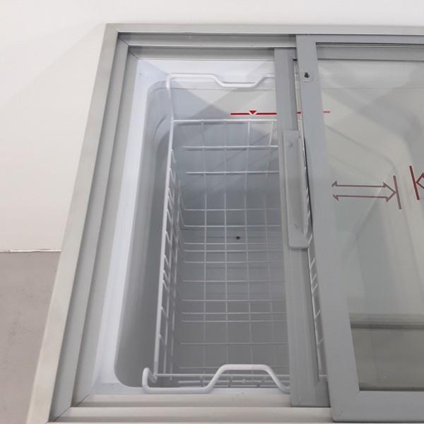 Sliding glass lid chest freezer