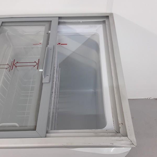 Sliding glass lid chest freezer for sale