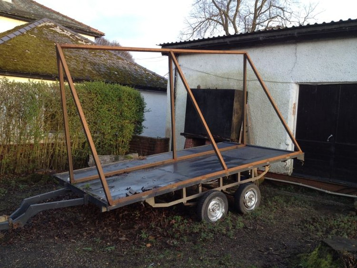 Secondhand Trailers Show And Exhibition Trailers
