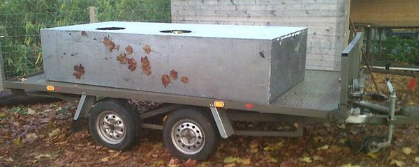 Steel Trailer with Hydraulic Tipping Mechanism