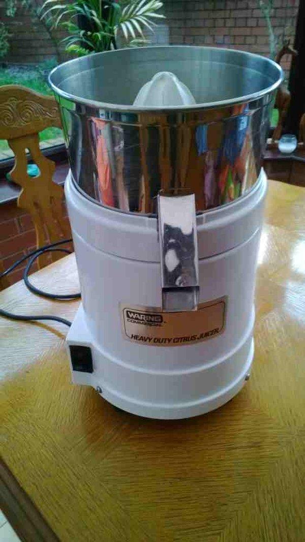 Waring commercial citrus juicer