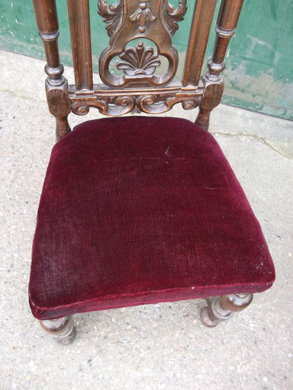 Ornate Carolean 18th Century Scallop Carved Chair Set