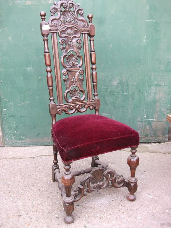 Vintage Carolean 18th Century Scallop Carved Chair Set