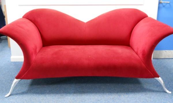 Lips sofa hire