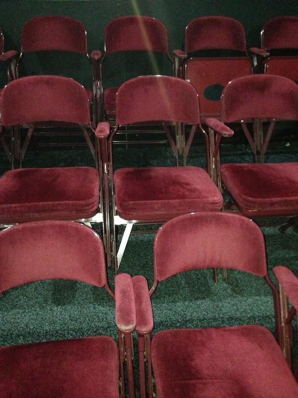 100 Used Metal Folding Theatre Cinema Style Interlocking Chairs