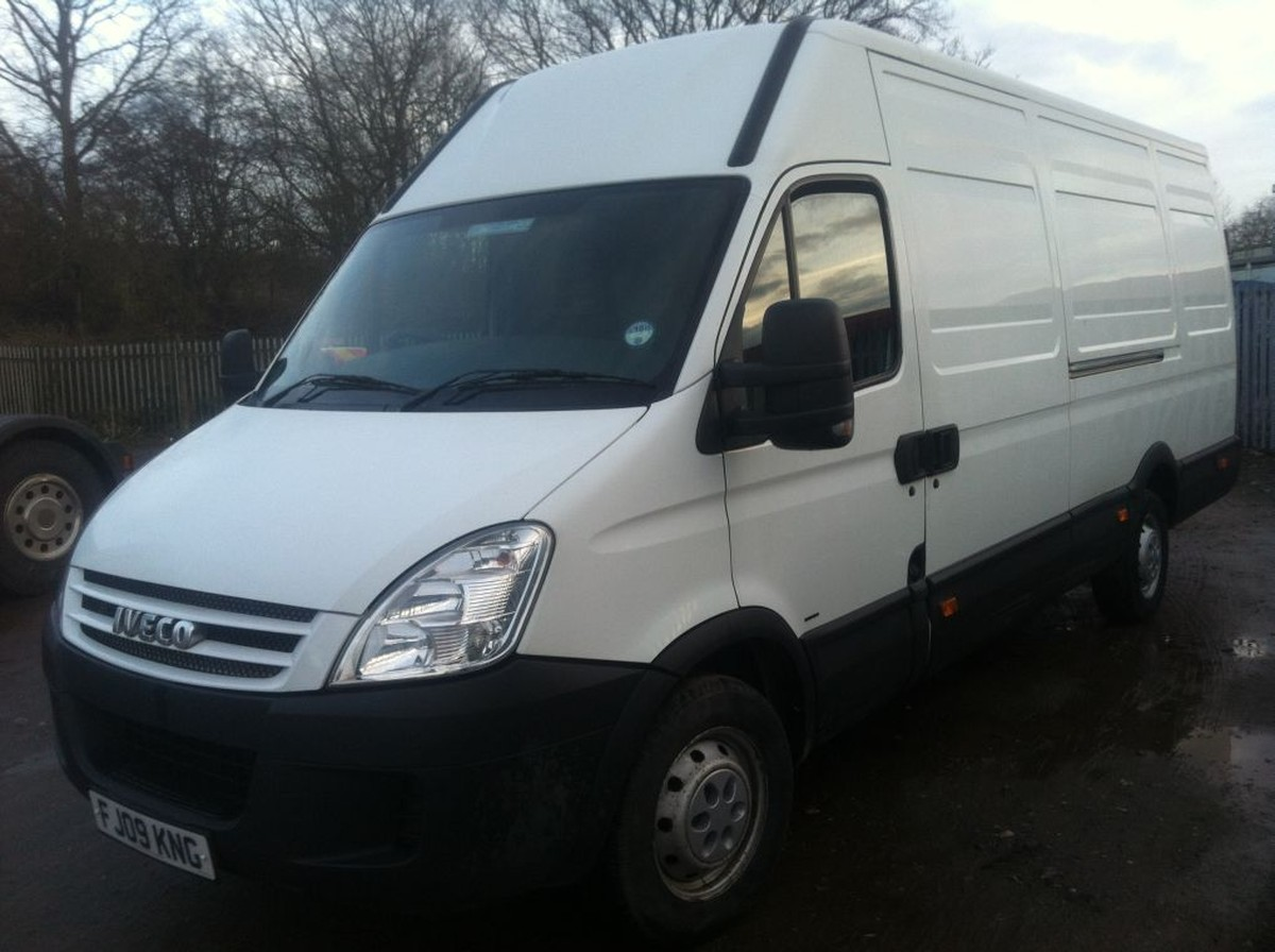 Motorhomes For Sale By Owner >> Secondhand Lorries and Vans | 3500kg and Under | Iveco ...